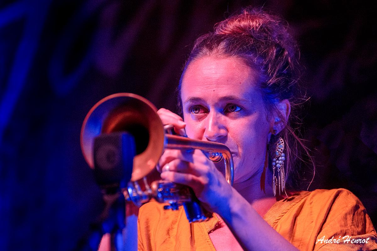 Emmanuelle Legros