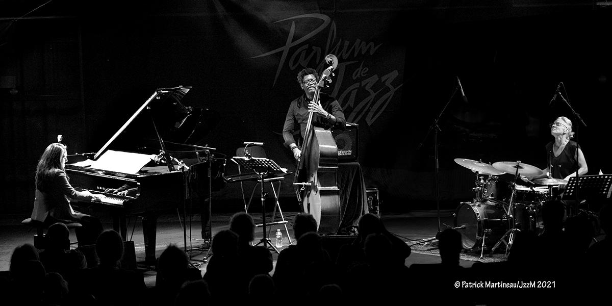 [PARFUM DE JAZZ 2021]  Le mercredi 12  aout à Buis-les-Baronnies, Carine Bonnefoy trio