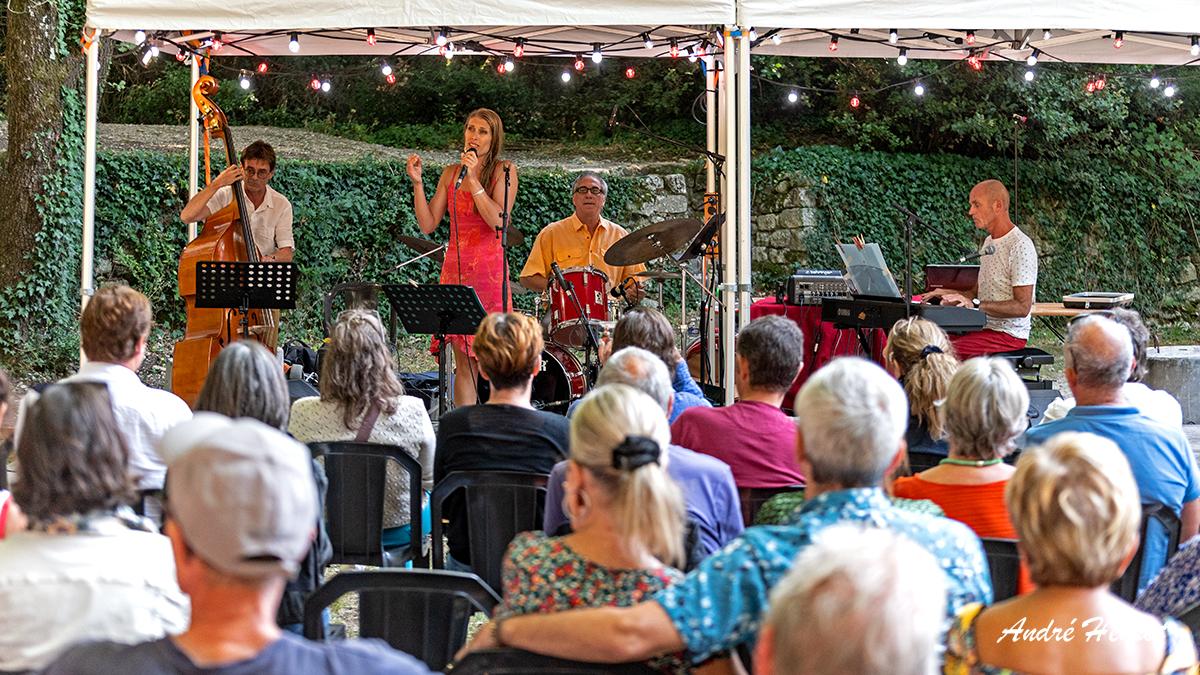 [PARFUM DE JAZZ 2021]   le mercredi 18 août au Val des Nymphes - Sylvia Auclair Quartet