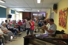 Maison-de-retraite-de-Buis-les-B-concert-dansant-août-17